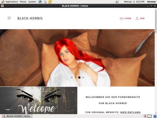 Blackhornis.modelcentro.com Form